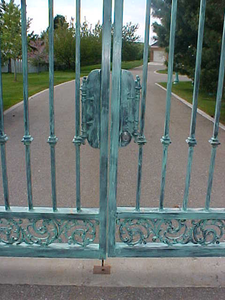 iron-anvil-gates-driveway-french-curve-wasatch-blvd-02