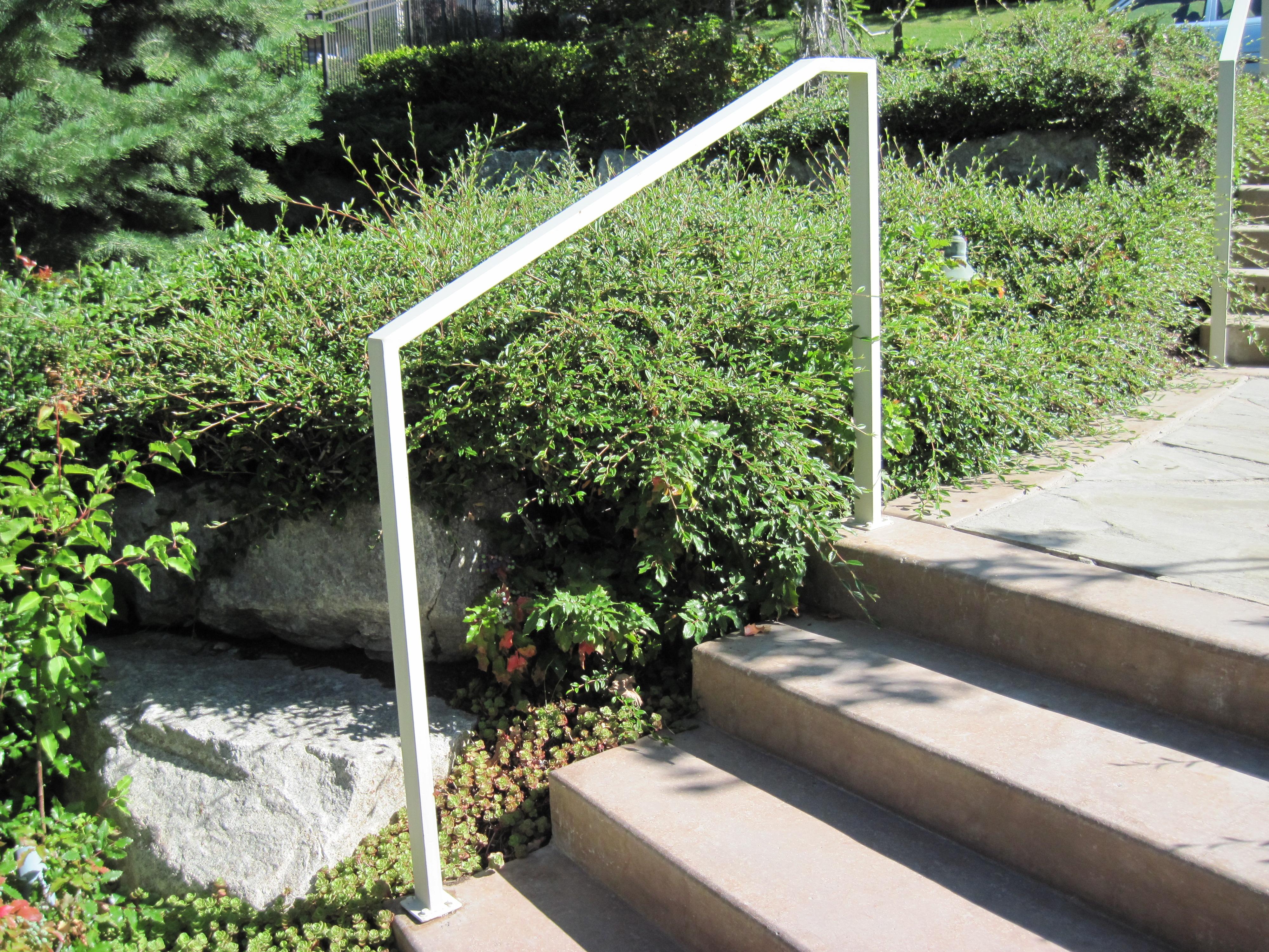 31-3112-Iron-Anvil-Handrails-Post-Mount-Tube-Rectangular-1X2 (2)