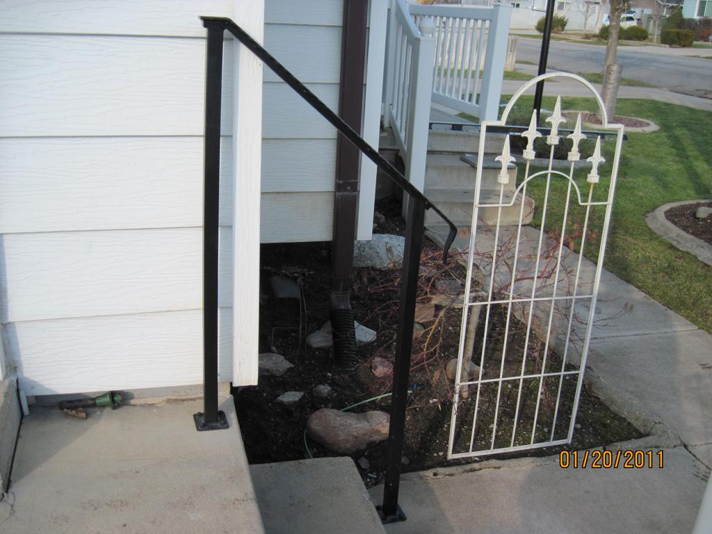 iron-anvil-handrails-post-mount-flat-bar-embossed-johnson-15119-gary-1