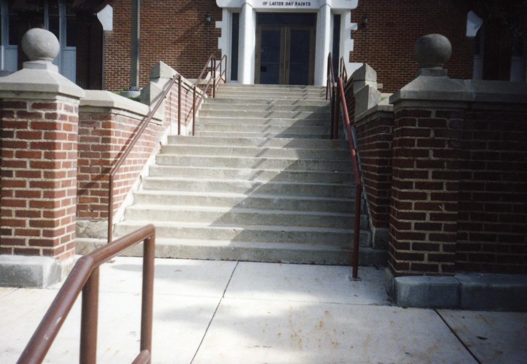 iron-anvil-handrails-post-mount-pipe-001