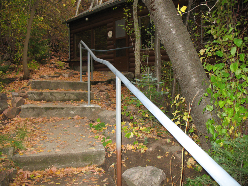 iron-anvil-handrails-post-mount-pipe-nelson-spencer-15018-6-2