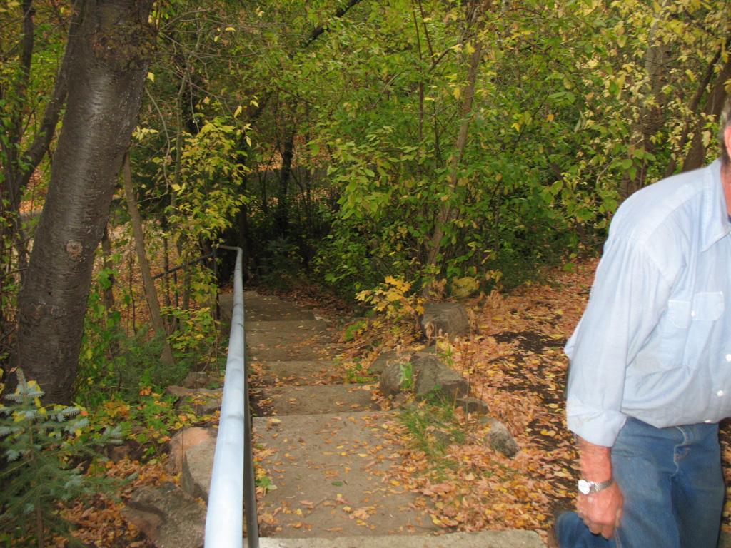iron-anvil-handrails-post-mount-pipe-nelson-spencer-15018-6-4
