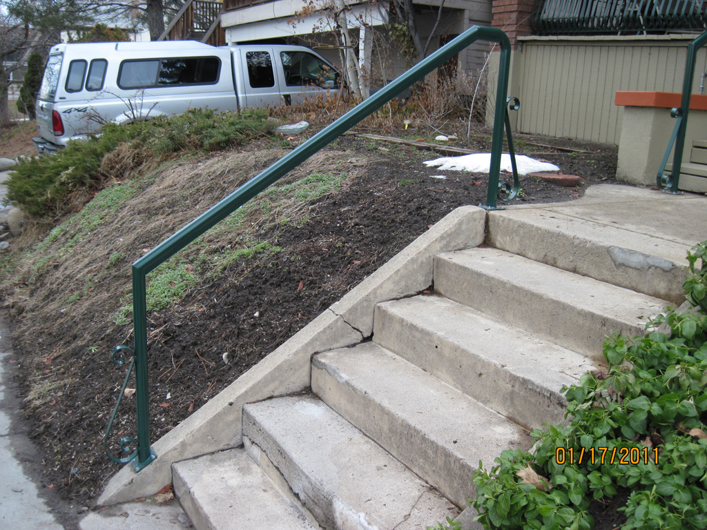 iron-anvil-handrails-post-mount-pipe-on-center-street-1