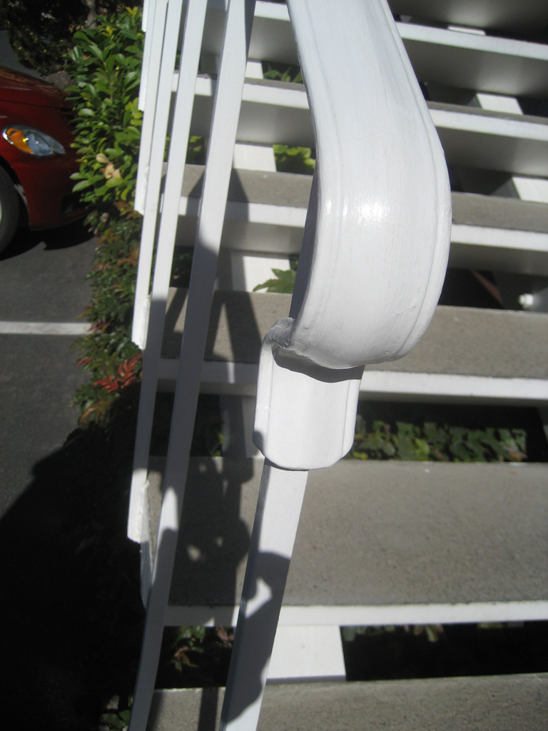 iron-anvil-handrails-post-mount-termination-lambs-tongue-3