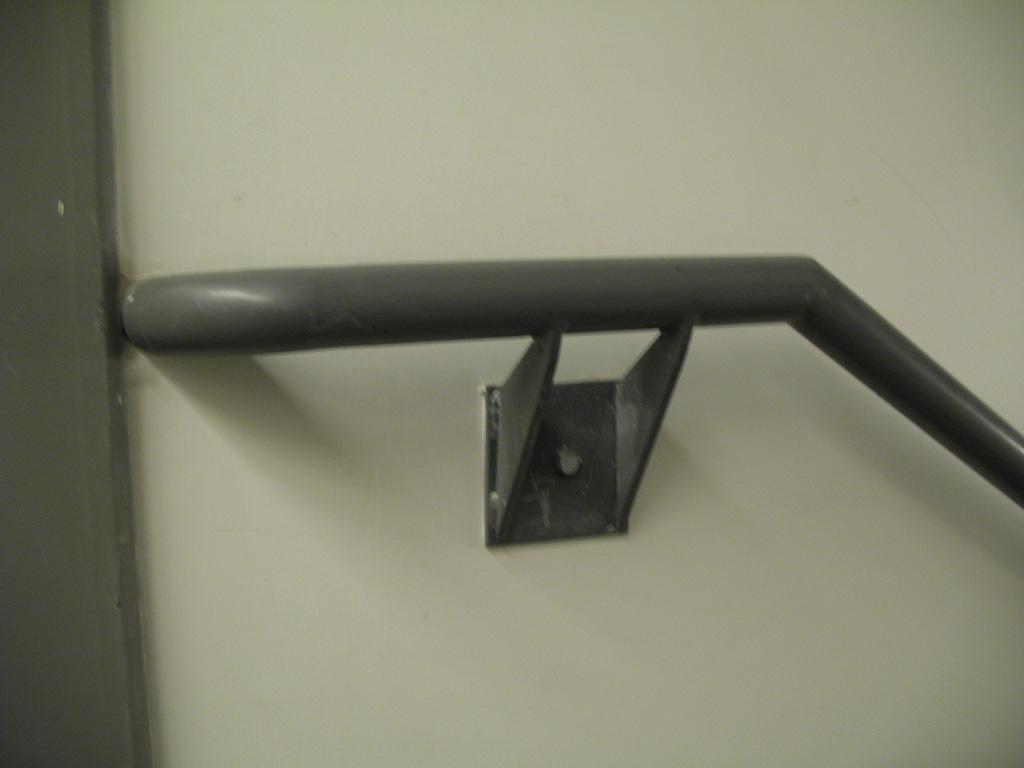 iron-anvil-handrails-wall-mount-brackets-pipe-salt-lake-hardware-2