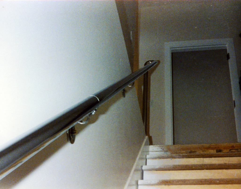 iron-anvil-handrails-wall-mount-pipe-chrome-above-capitol-1