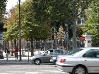iron-anvil-railing-by-others-european-france-paris-263-16