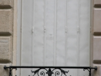 iron-anvil-railing-by-others-european-france-paris-263-46