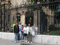 iron-anvil-railing-by-others-european-france-paris-263-53