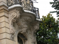 iron-anvil-railing-by-others-european-france-paris-263-57