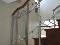 iron-anvil-railing-by-others-glass-rail-by-others-steel-supports-ia