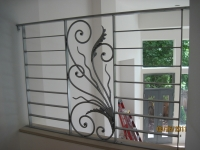 iron-anvil-railing-horizontal-flat-bar-steel-pattern-urban-h-street-unit-b-6