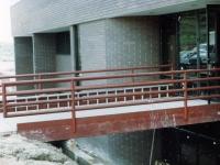 iron-anvil-railing-horizontal-pipe-wyoming-1-3