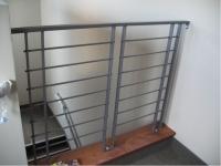 iron-anvil-railing-horizontal-round-bar-gold-medallion13-4364-10