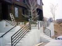 iron-anvil-railing-horizontal-square-tube-008