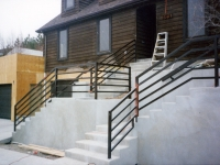 iron-anvil-railing-horizontal-square-tube-xxxx-21031-1