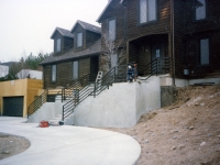 iron-anvil-railing-horizontal-square-tube-xxxx-21031-3