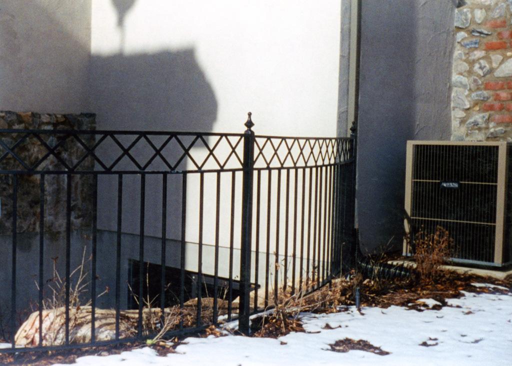 iron-anvil-railing-x-pattern-12-1085