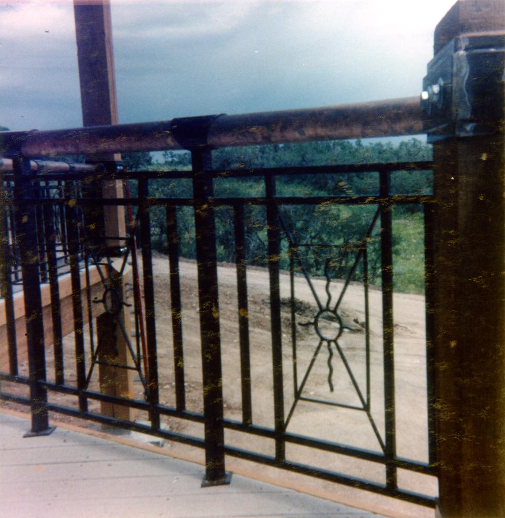 iron-anvil-railing-x-pattern-copper-12-1019-christensen-4