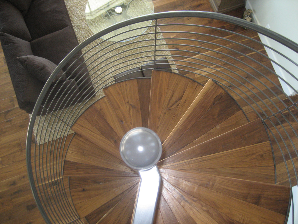 iron-anvil-stairs-spiral-wood-sletta-14338-t3