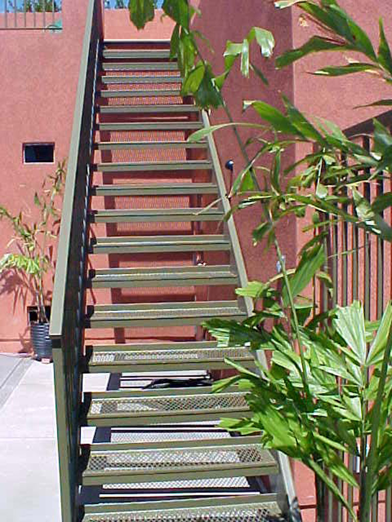 iron-anvil-stairs-double-stringer-treads-expanded-metal-above-the-capitol-1