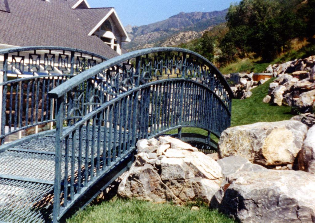 iron-anvil-bridges-12-1007-b-denny-jensen