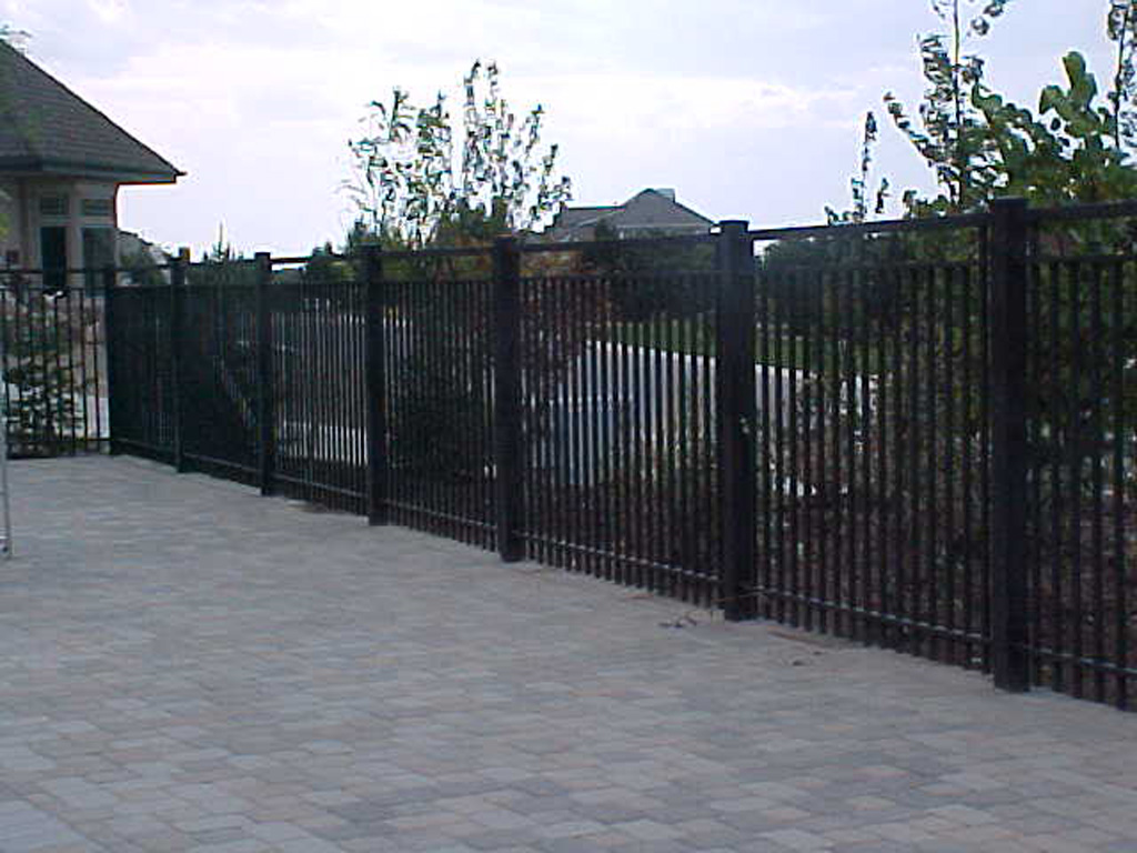 Colemere Pool Fence