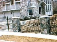 iron-anvil-fences-spear-top-double-rail-circles-lucas-fence-4