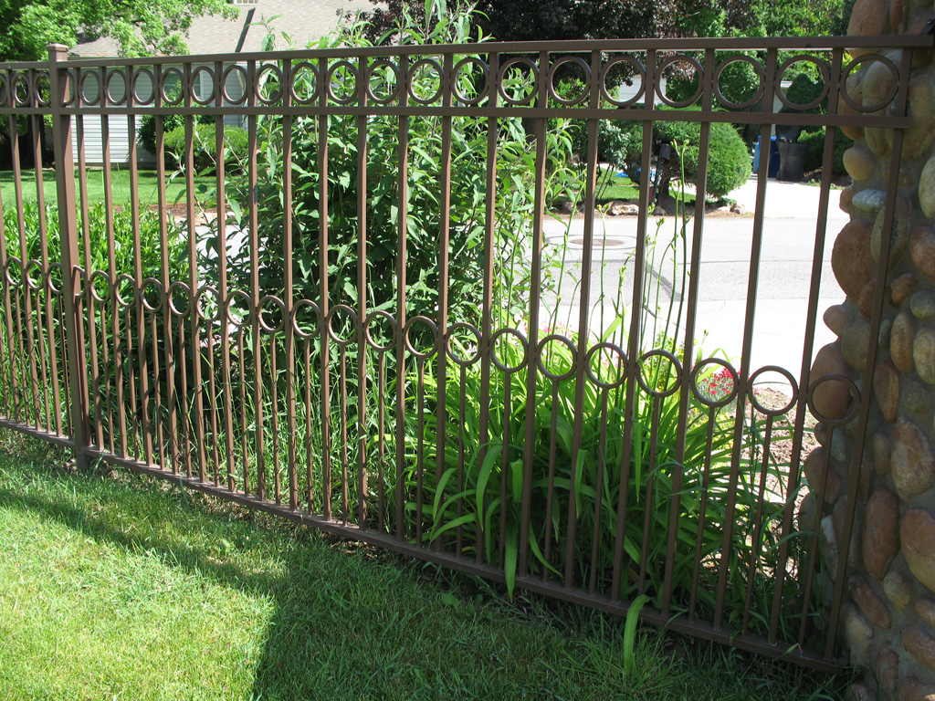 iron-anvil-fences-by-others-fence-with-double-row-circles-dog-guard