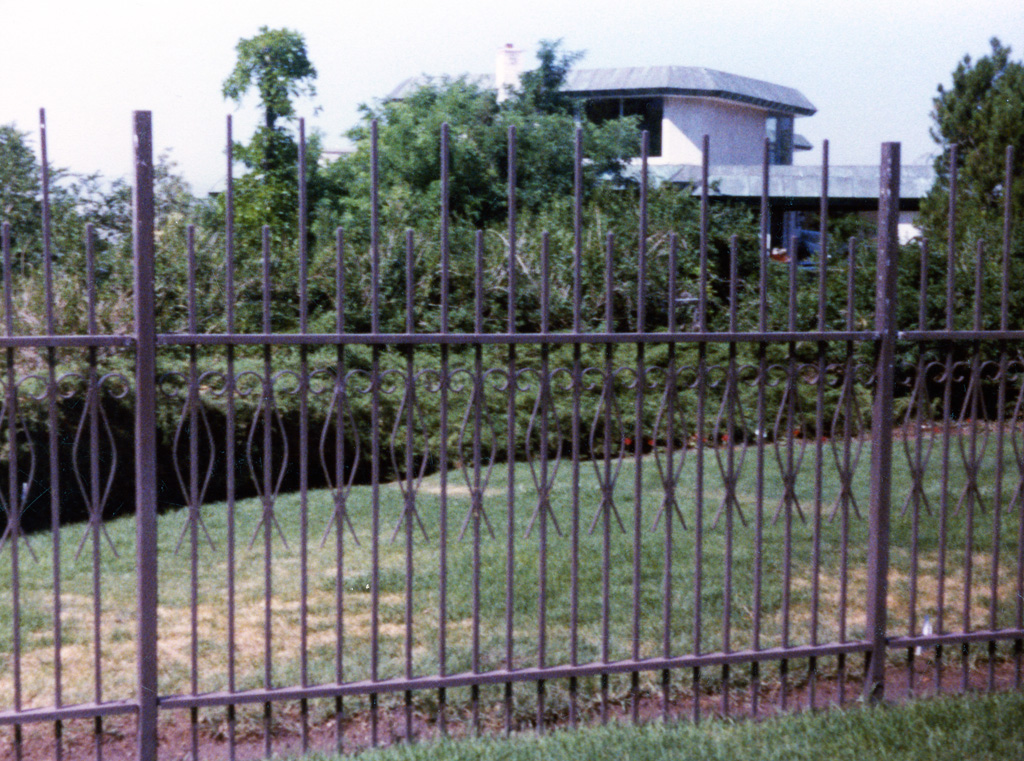 iron-anvil-fences-by-others-spear-and-pattern