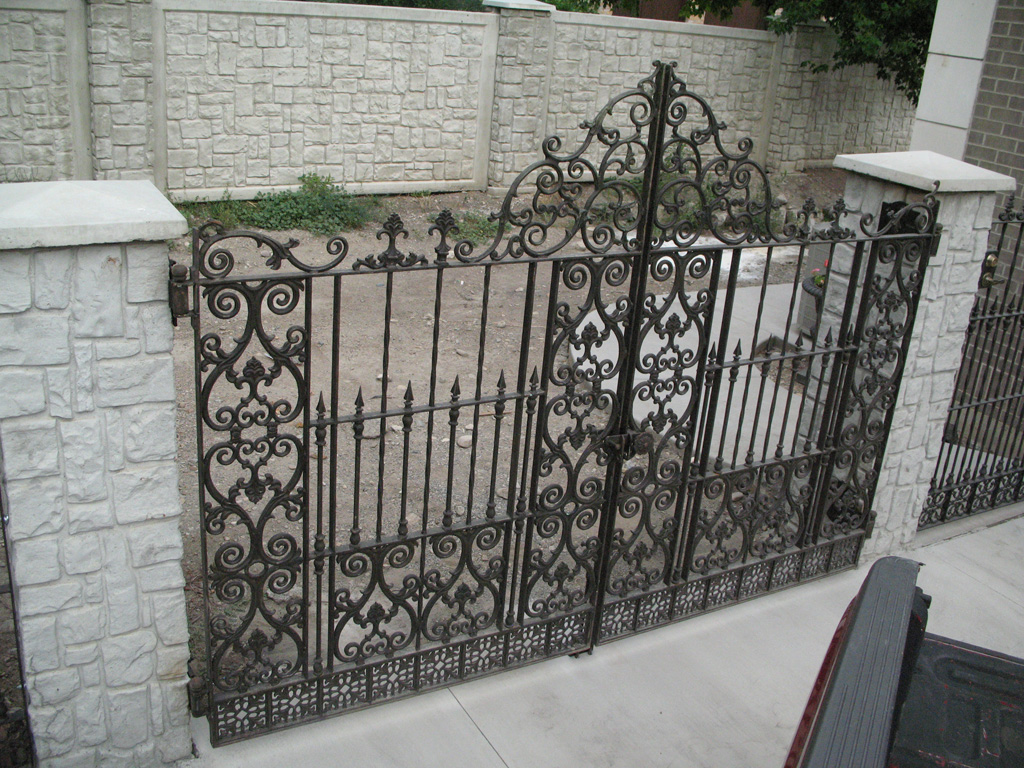 iron-anvil-gates-antiques-hopkins-alpine-by-others-installed-by-iron-anvil1