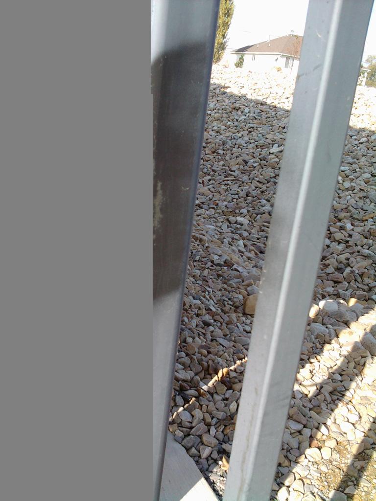 iron-anvil-gates-driveway-flat-wasatch-electric-1-2