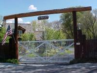 iron-anvil-gates-driveway-flat-mechanisms-3