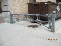 iron-anvil-gates-driveway-flat-up-town