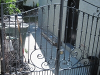 iron-anvil-gates-driveway-french-curve-02