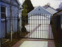 iron-anvil-gates-driveway-french-curve-1