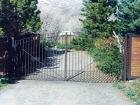 iron-anvil-gates-driveway-french-curve-3