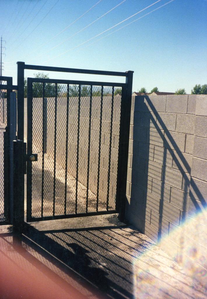 iron-anvil-gates-man-flat-expanded-metal-2