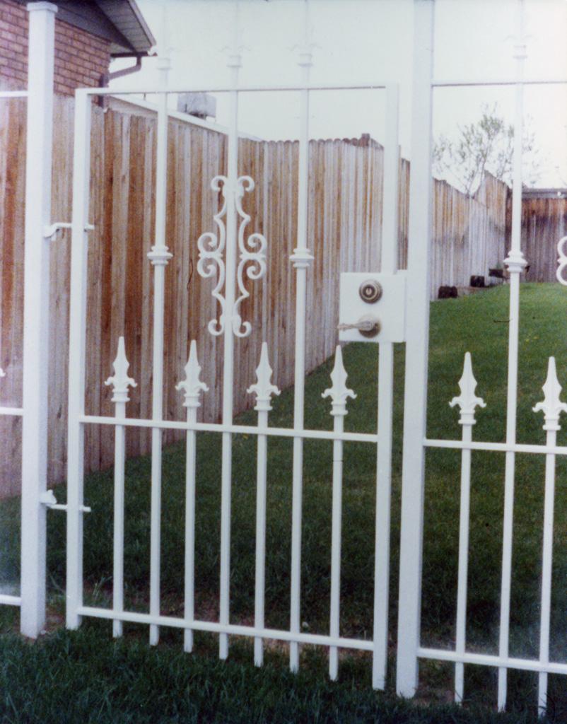 iron-anvil-gates-man-flat-kevin-grow