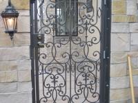 iron-anvil-gates-man-arch-man-stonebrook-tate-13