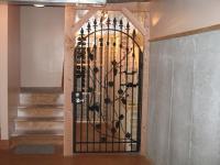iron-anvil-gates-man-arch-wine-gary-snow-14520-4