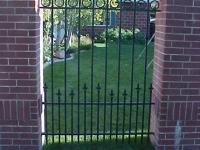 iron-anvil-gates-man-flat-barney