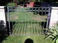 iron-anvil-gates-man-flat-daye-15611-00
