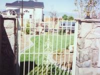 iron-anvil-gates-man-flat-extended-picket