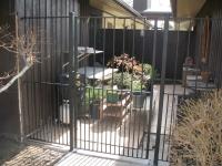 iron-anvil-gates-man-flat-richardson-14662