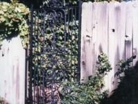 iron-anvil-gates-man-flat-scroll-top-pattern