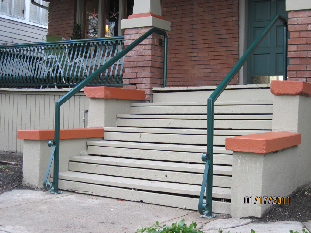 iron-anvil-handrails-post-mount-pipe-on-center-street-2