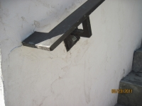 iron-anvil-handrails-wall-mount-brackets-ingerson-const-boshito-rail-3