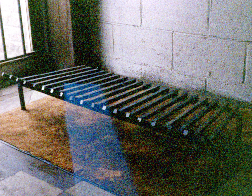 iron-anvil-other-items-fireplace-grates-01