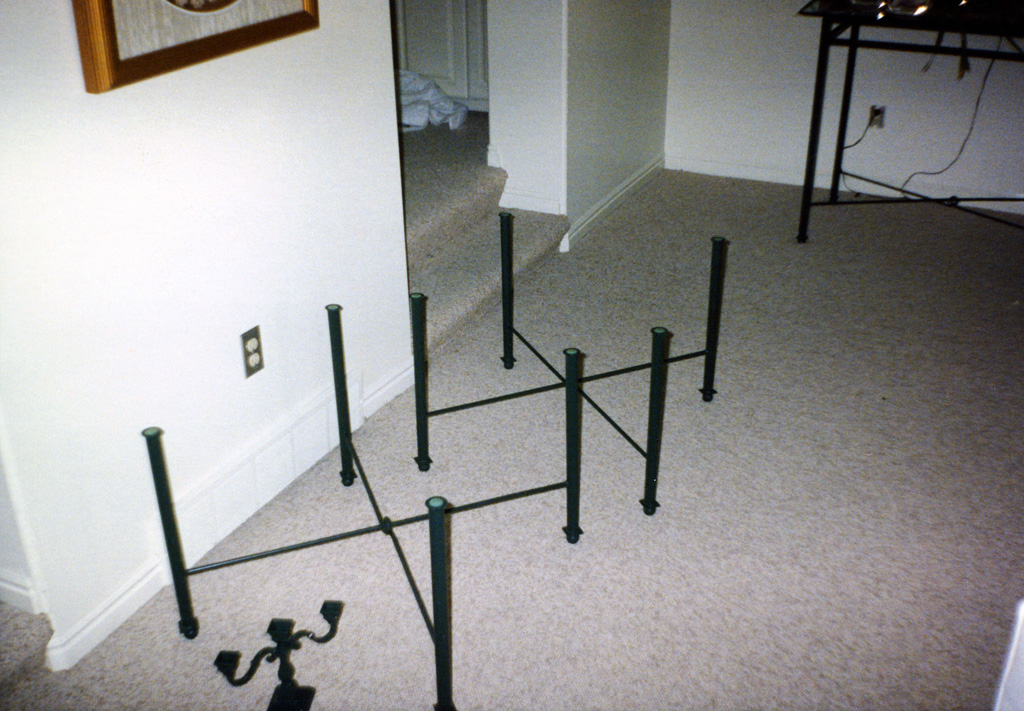 iron-anvil-other-items-furniture-tables-legs-xx01-028